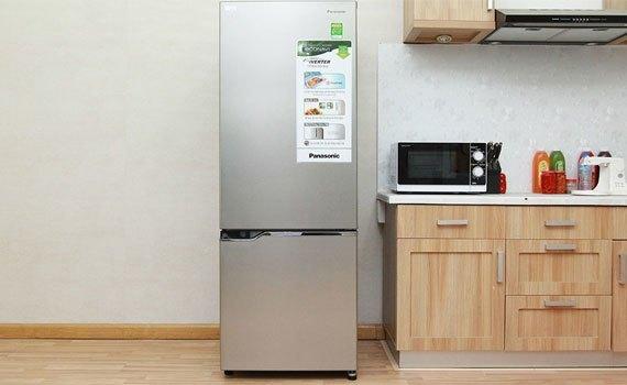 Tủ lạnh Panasonic NR-BV328QSVN gam màu xám hiện đại