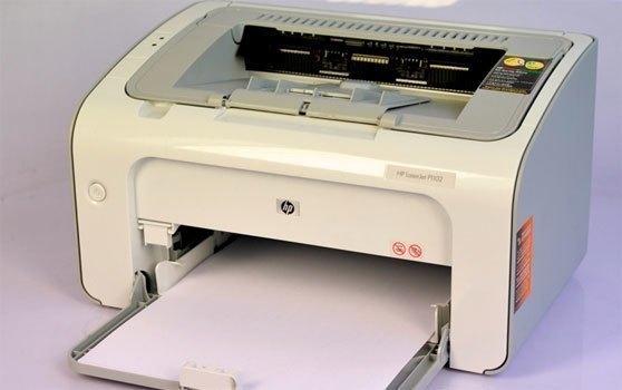 Máy in laser HP P1102 có thiết kế hiện đại