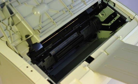 Máy in laser HP P1102 hạn chế tình trạng kẹt giấy