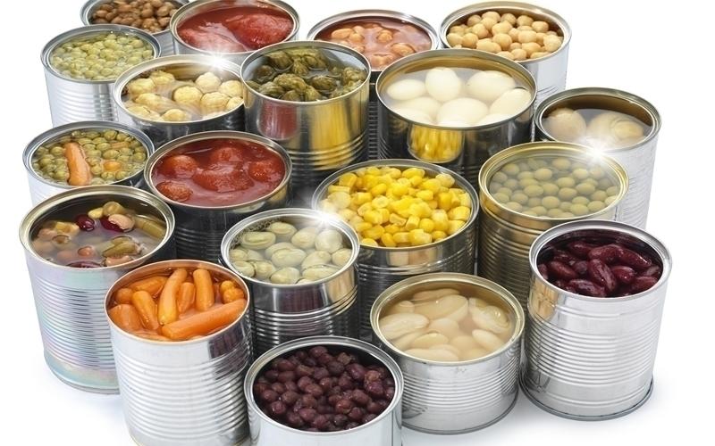 Không nên ăn các loại thực phẩm được chế biến sẵn, nhất là đồ đóng hộp