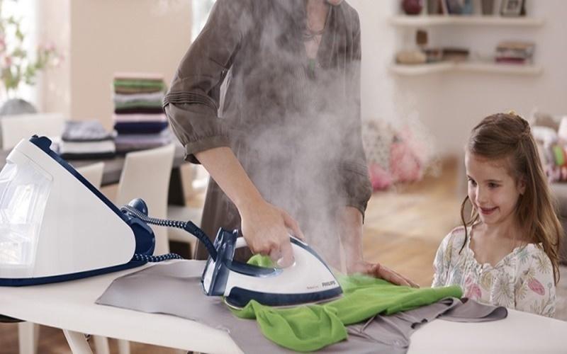 Loại bàn ủi hơi nước làm phẳng quần áo bằng nhiệt độ hơi nước