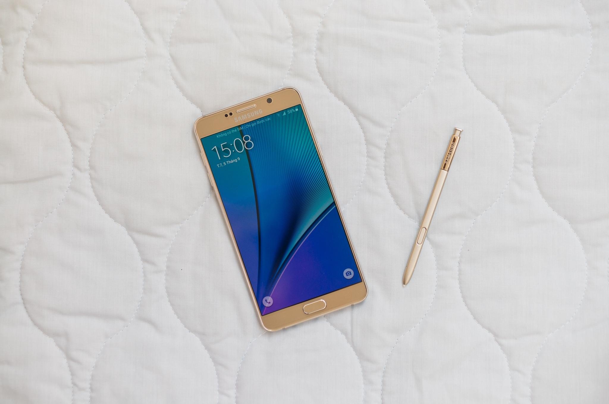 Galaxy Note 5 màn hình lớn cực đẹp