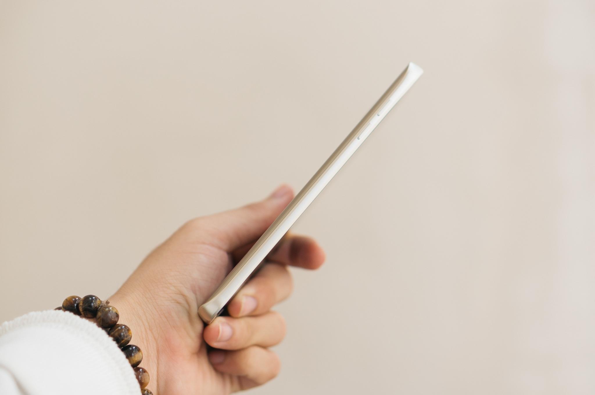 Galaxy Note 5 cạnh viền cong giá hấp dẫn