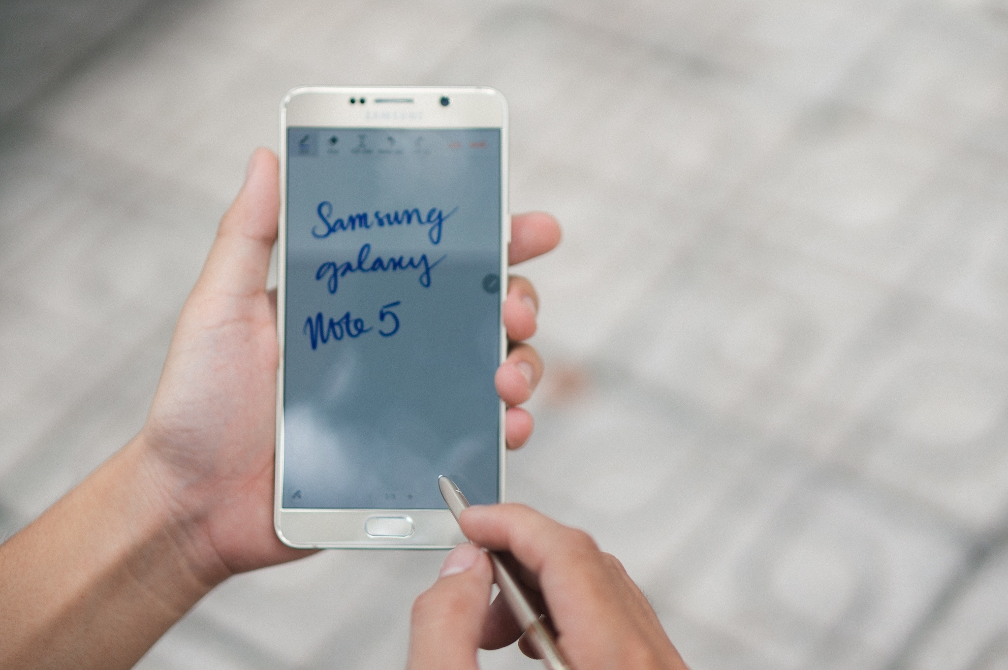 Galaxy Note 5 hoạt động mượt mà