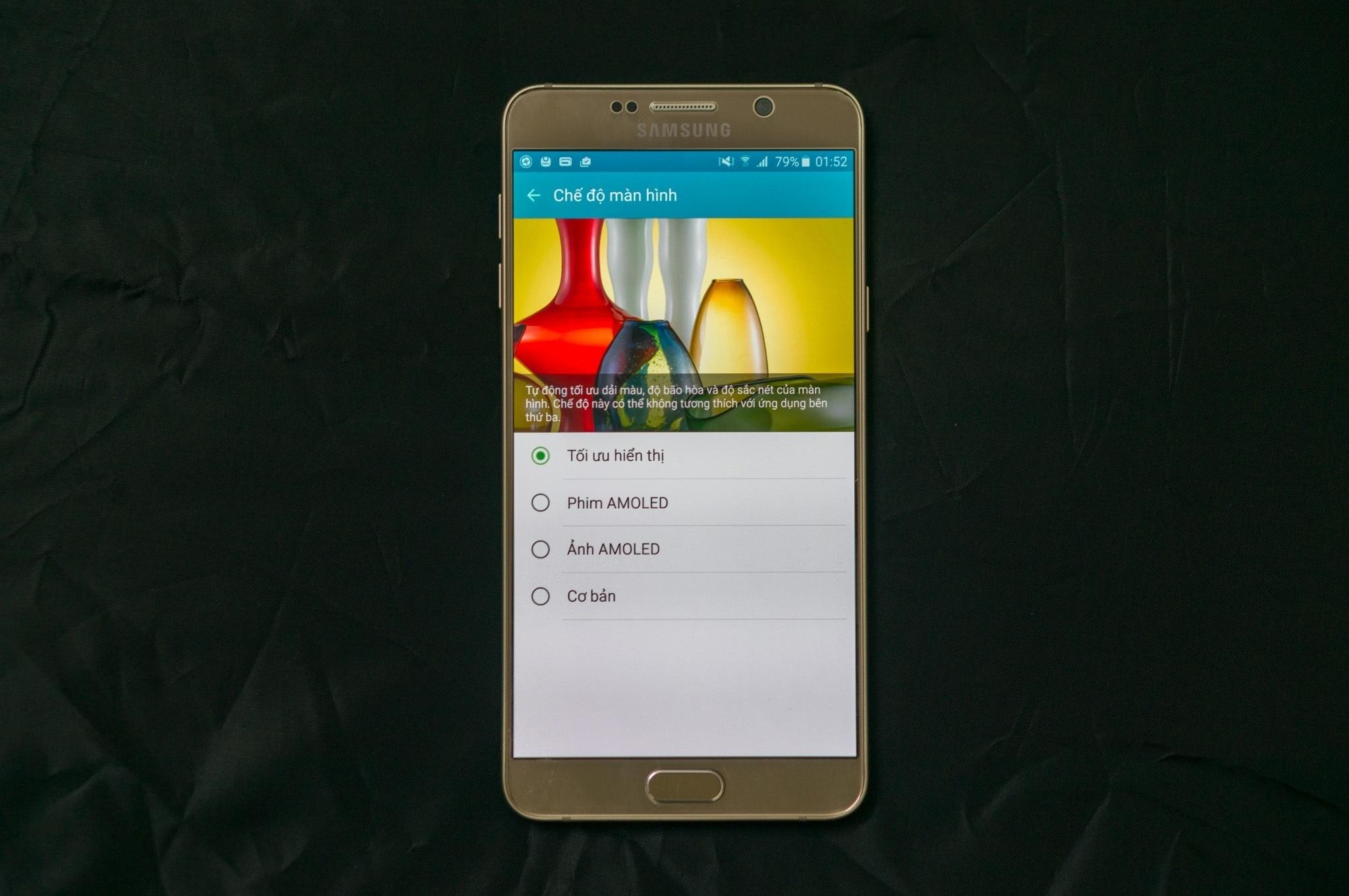 Galaxy Note 5 màn hình ấn tượng
