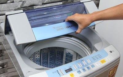 Máy giặt Aqua AQW-DQ90ZT 9 kg bạc giá tốt tại nguyenkim.com