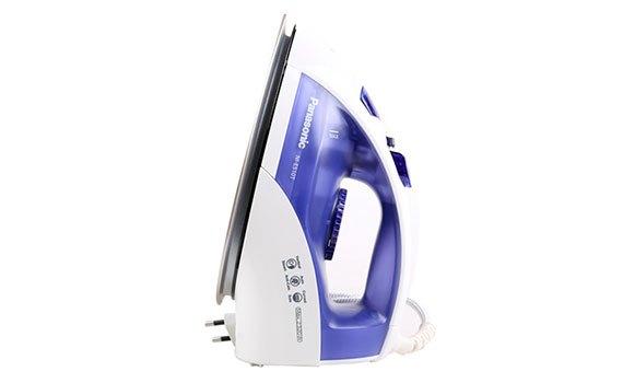 Bàn ủi hơi nước Panasonic NI-E510TDRA có kiểu dáng đẹp