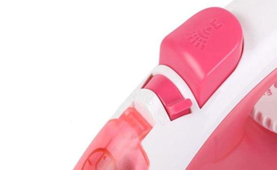 Bàn ủi hơi nước Panasonic NI-P300TRRA làm thẳng nếp nhăn nhanh