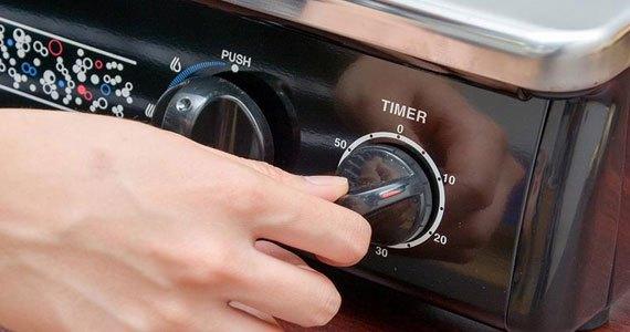 Bếp gas Rinnai RV-970(ST) được trang bị đồng hồ hẹn giờ rất tiện lợi