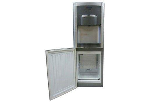 Ngăn làm lạnh của máy nước nóng lạnh Alaska R36C