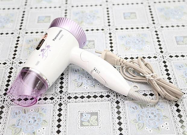 Máy sấy tóc loại nào tốt , Panasonic EH-ND52-V645