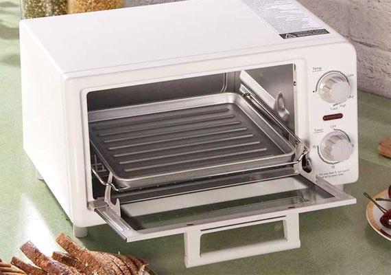 Lò nướng bánh mì Panasonic NT-GT1WRA có khay nướng