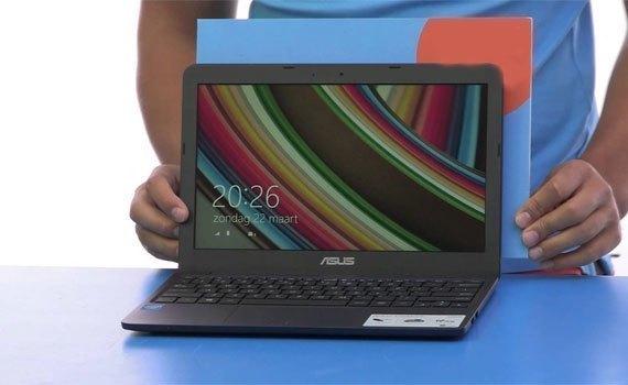 Máy tính xách tay Asus F554LA trang bị màn hình lớn 15.6 inches
