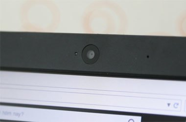 Laptop HP 15 R208TU tích hợp webcam