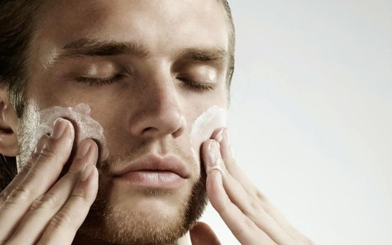 Bạn có thể sử dụng chất dưỡng ẩm để da được bảo vệ