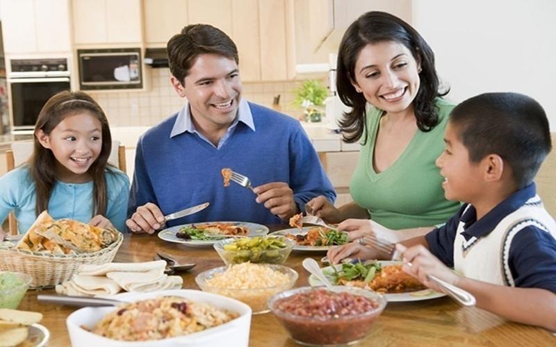 Một chế độ ăn hợp lý, đầy dinh dưỡng sẽ càng tốt hơn cho cả nhà