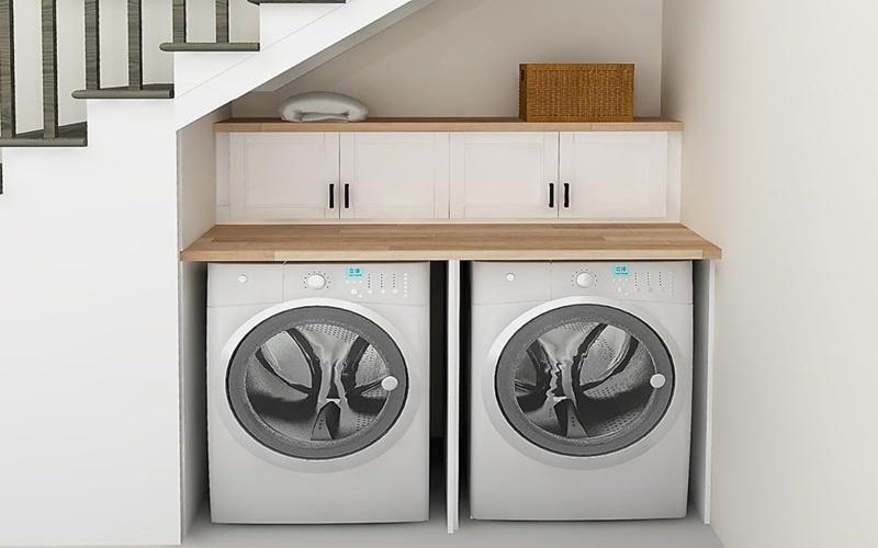 bố trí máy giặt ở góc chân cầu thang