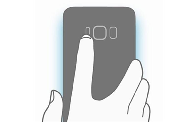 Cảm biến vân tay được Samsung đưa ra phía sau