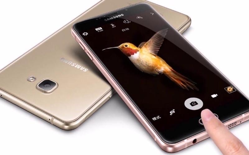 Điện thoại Samsung Galaxy A5 2017 thiết kế ấn tượng
