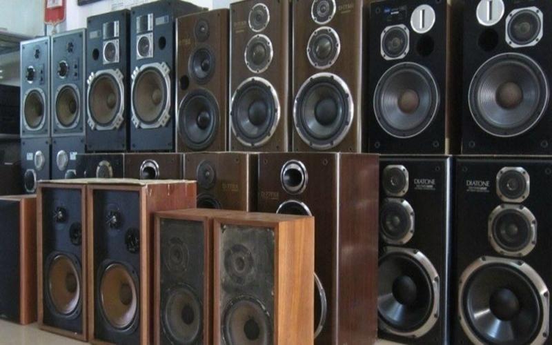 Các thiết bị âm nhạc được bày bán khá nhiều và có giá cả phải chăng