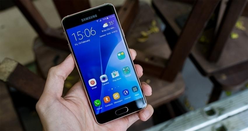 Điện thoại Samsung Galaxy A3 2016 với màn hình Super AMOLED sắc nét