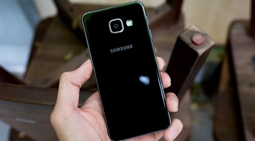 Điện thoại Samsung Galaxy A3 2016 thiết kế đầy sang trọng