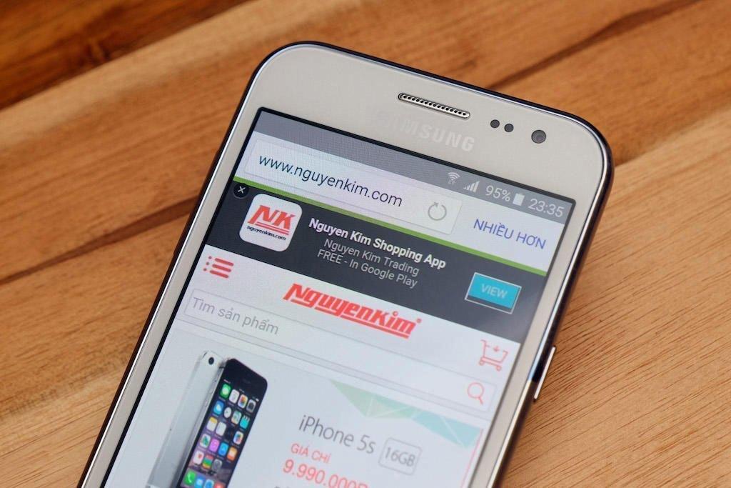 Điện thoại Samsung Galaxy J2 thuộc phân khúc smartphone giá rẻ