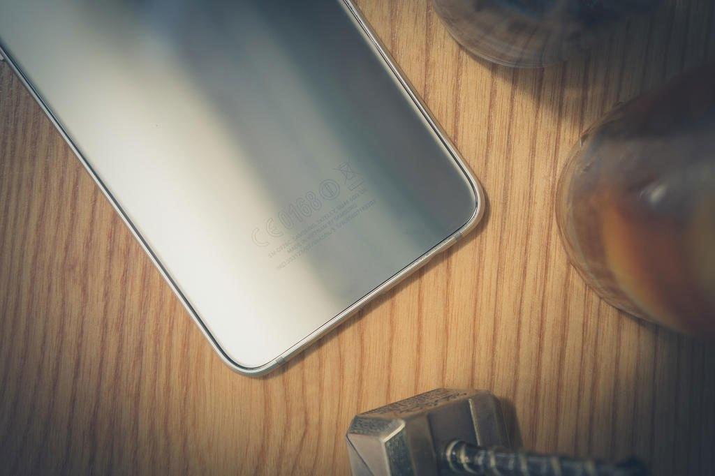Điện thoại Samsung Galaxy S6 Edge Plus thiết kế đẳng cấp