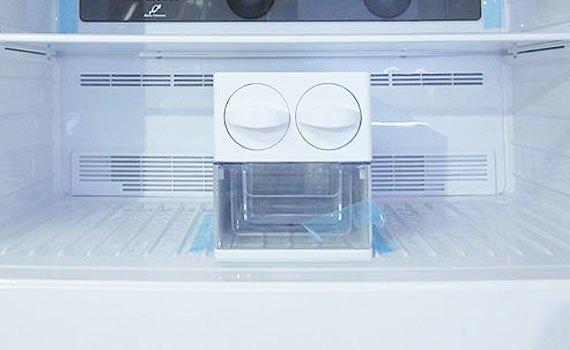 Mua tủ lạnh ở đâu tốt? Tủ lạnh Hitachi R-V720PG1X 600 lít
