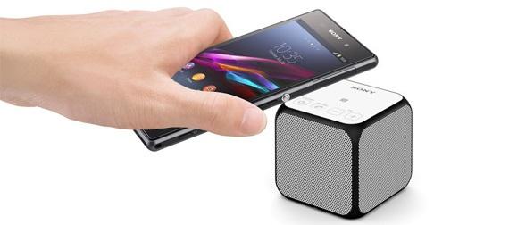Loa Sony mini SRS-X11 màu trắng gọn nhẹ nhiều màu sắc