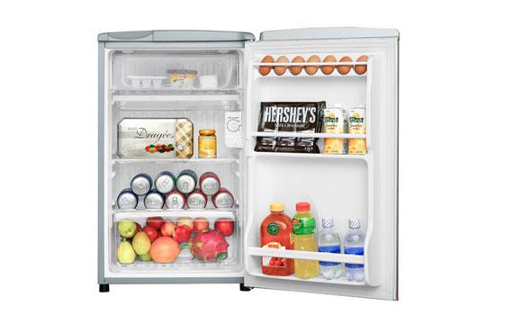 Tủ lạnh Sanyo SR-9JR(SS) 90 lít nhỏ xinh phù hợp với căn nhà nhỏ