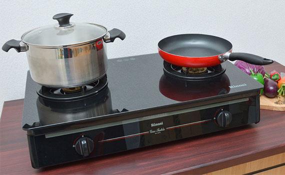 Bếp gas Rinnai RV 970 GL thiết kế 2 bếp nấu tiện lợi