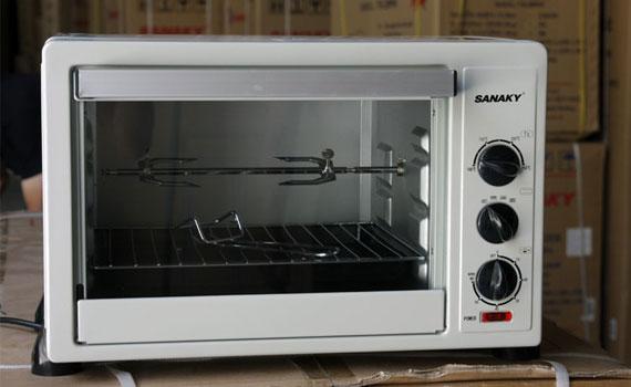 Lò nướng Sanaky VH249B kính giữ nhiệt tốt