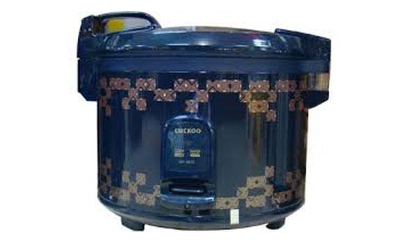 Nồi cơm điện CUCKOO SR-3010-5,4 LÍT nút điều khiển dễ sử dụng.