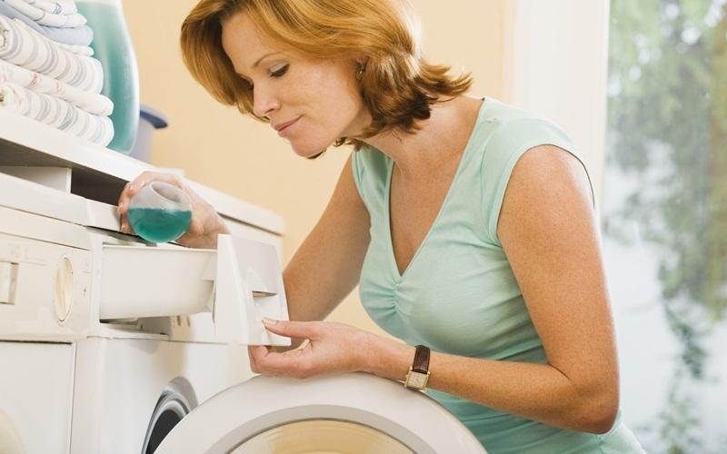 Sử dụng nước giặt để không phải gặp các vấn đề khi giặt giũ