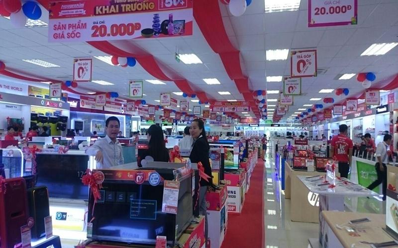 Nguyễn Kim khai trương đồng loạt 4 trung tâm