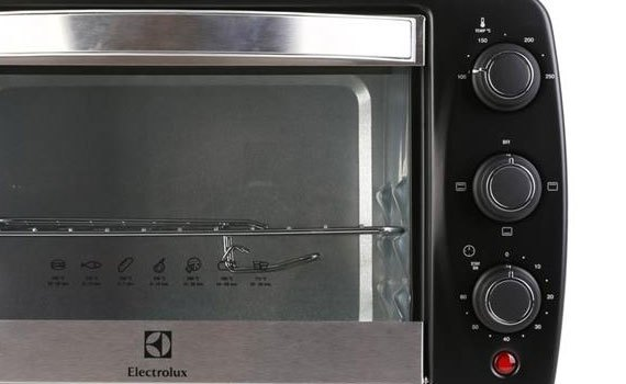 Lò nướng Electrolux EOT3805K sử dụng an toàn, tiện lợi