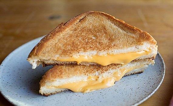 Lò nướng bánh mì Electrolux ETS3505 giá tốt tại nguyenkim.com