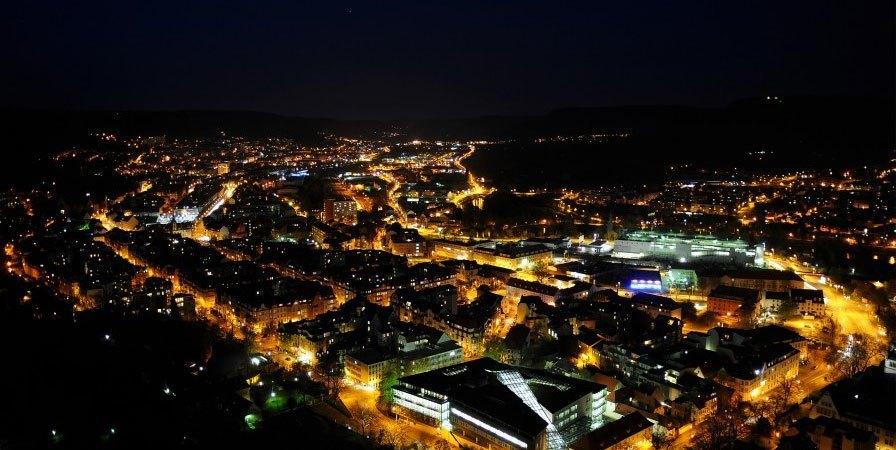 Máy ảnh Canon Powershot G5X chụp tốt vào ban đêm