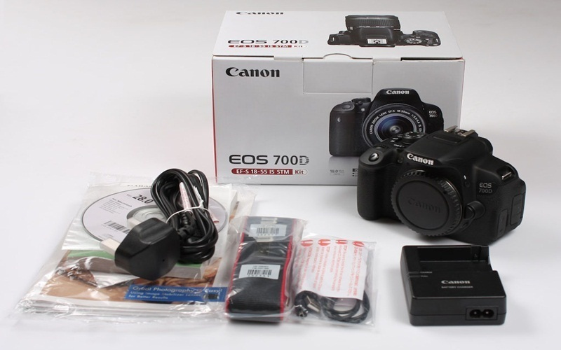 Canon 700D được xem là đứa con cưng của hãng Canon