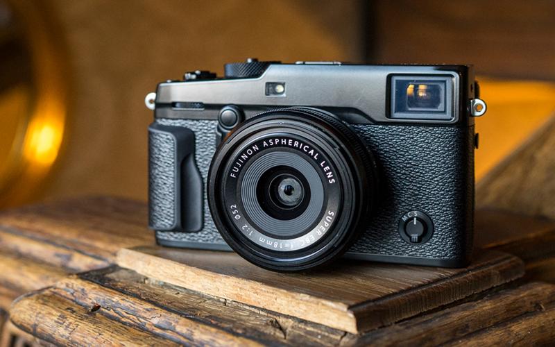 Yêu thích phong cách Retro thì bạn nên chọn máy ảnh Fujifilm