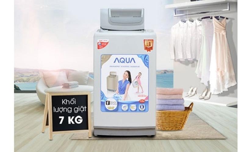 Với khối lượng 7kg, máy giặt Aqua phù hợp cho gia đình ít người