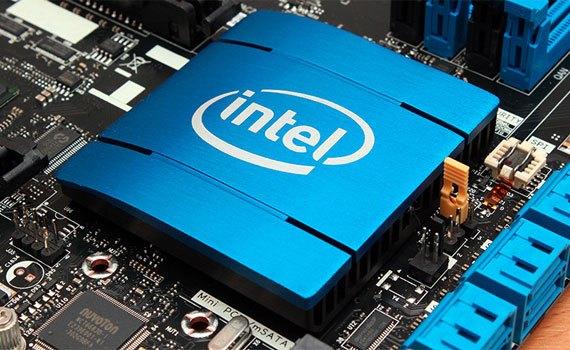 Máy tính xách tay HP Pavilion AB151TX Intel Core i5 và RAM 4 GB