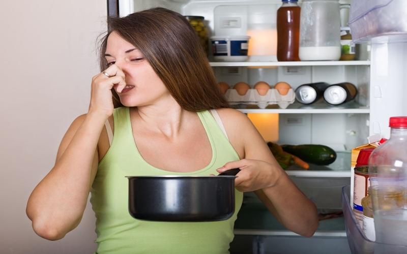 Thường xuyên sử dụng thức ăn được bảo quản không tốt rất dễ bị tiêu chảy và ngộ độc