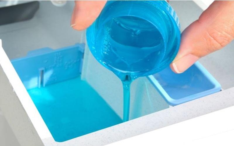 Đo lường lượng bột giặt chính xác trước khi giặt rất hữu ích