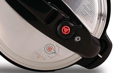 Nồi áp suất điện Philips HD2103/65 5 lít giảm giá tại nguyenkim.com