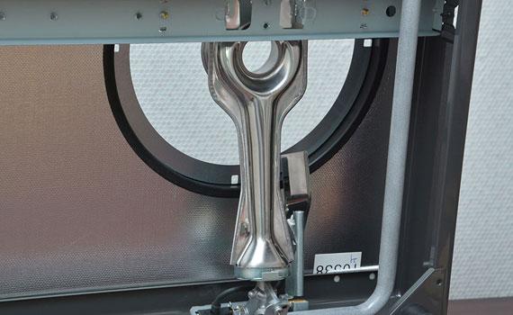 Bếp gas Rinnai RV-7Double Glass (B) có hệ thống đánh lửa cơ Magneto