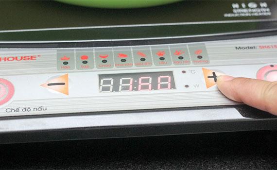 Bếp điện từ Sunhouse SH6150 trang bị phím bấm điện tử