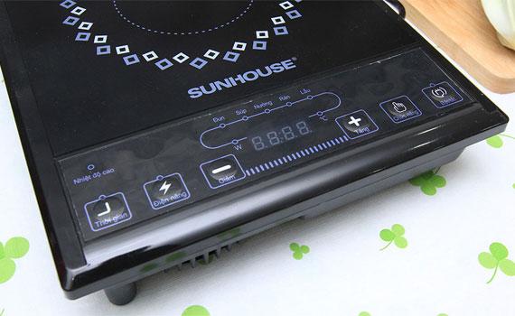 Bếp hồng ngoại Sunhouse SHD6011 trang bị màn hình LED