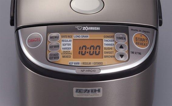 Nồi cơm điện Zojirushi NP-HRQ10 dễ dàng sử dụng, thao tác